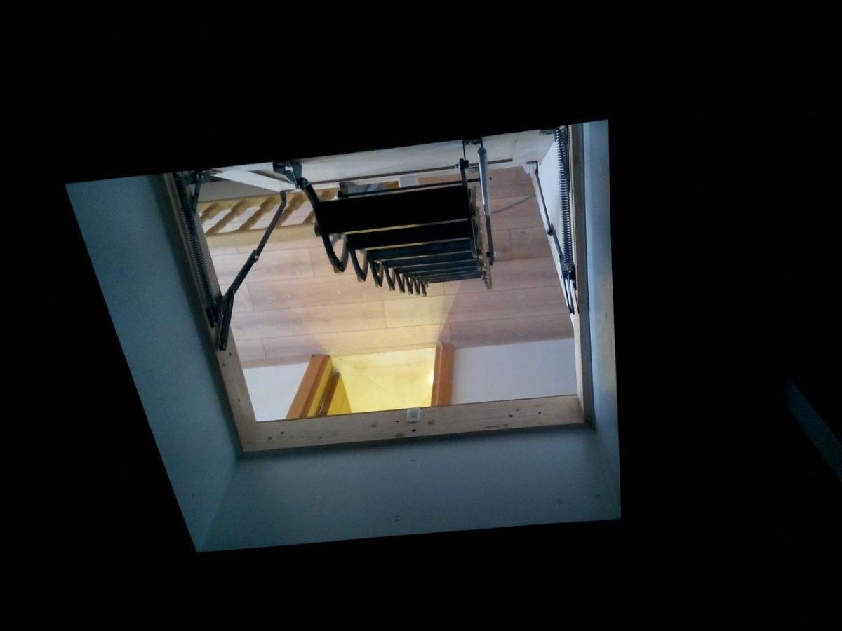 ev tipi makaslı çatı merdivenleri