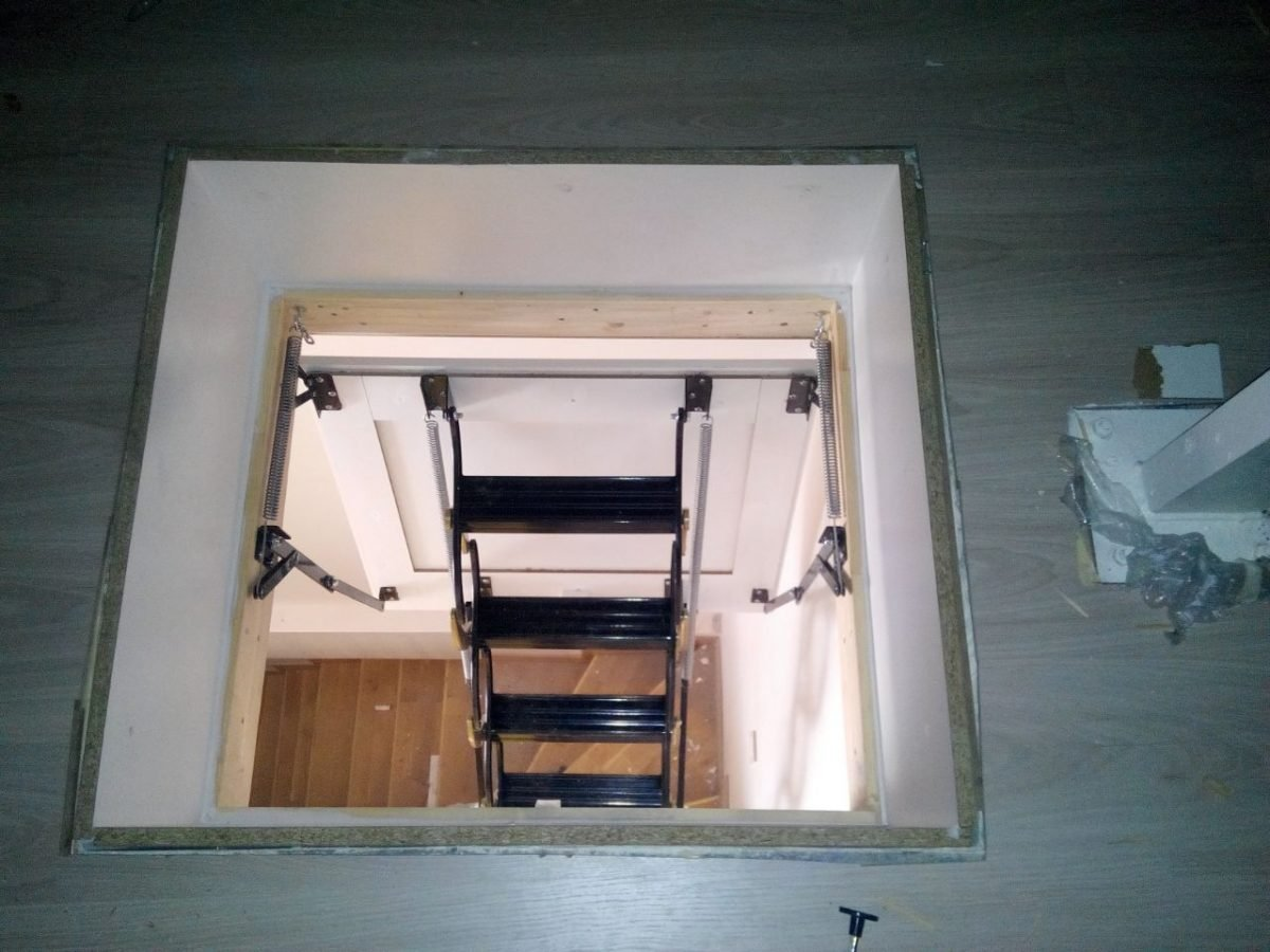 ucuz makaslı çatı merdivenleri