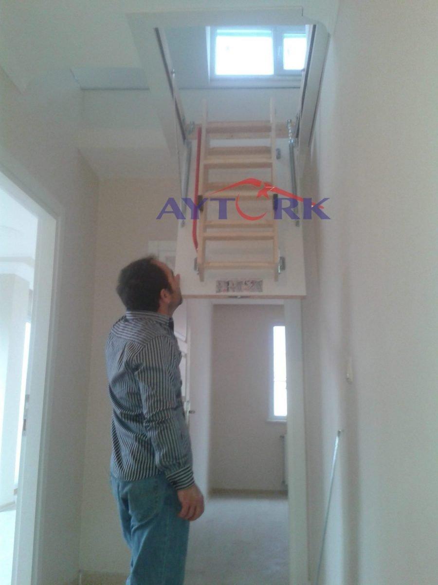 pratik çatı çıkış merdivenleri