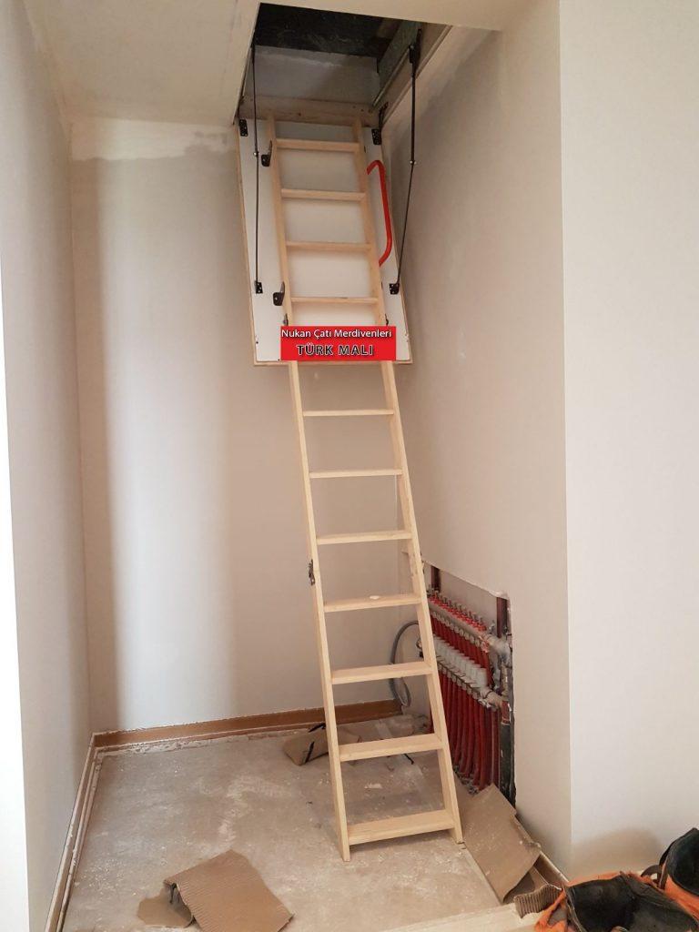 3 basamaklı katlanır çatı merdivenleri